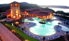 Looking for a complete Costa Rica all inclusive travel experience? Costa Rica has a small assortment of all-inclusive hotels and resorts.