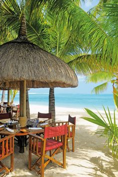 Best beach bars around the world CN Traveller Beautiful Hotels, Beautiful Beaches, Seaside Cafe, Khao Lak Beach, Lamai Beach, African House, Natural Stone Wall, Nikki Beach, Koh Chang