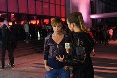 Katarzyna Sokołowska w kurtce projektu Ranity Sobańskiej podczas wywiadu z Agnieszką Wesołowska Na językach - program TVN