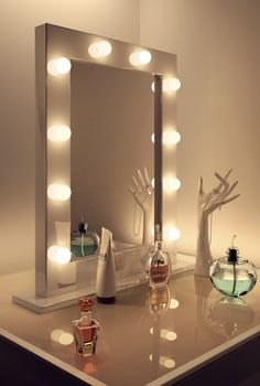 Glass Top Make Up Vanity Table With Stand Brushed Nickel Frame Mirror With Led Lights, Charming Makeup Table With Mirror And Lights Design: Furniture