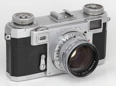 Zeiss Ikon Contax IIa black dial Camera (S/N Y59xxx) -- 1950-1954 -- Zeiss-Opton Sonnar 1:1,5  f = 50mm