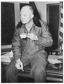 The Supreme Allied Commander Dwight Eisenhower at 8th Infantry Division headquarters in Belgium (November 1944).