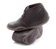 Best plantar fasciitis shoes and most comfortable boots for heel pain. Aalto Chukka Boots $145- Women's Casual Boots for all-day comfort and foot pain relief. IDEAL FOR: Walking, Standing, Travel , Office & Casual Wear. HELPS WITH: Fallen arches, plantar fasciitis, hammer toe, flat feet, heel pain, bunions, high arches. Shoes for PF & heel pain www.kurufootwear.com