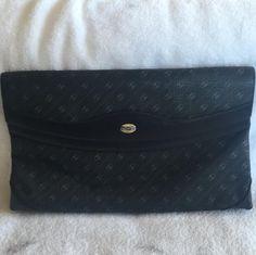 23605df028d Gucci Double Flap Large Black Gg Link Canvas Clutch 83% off retail