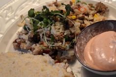Köttfärsrisotto med kall chilisås Grains, Food, Red Peppers, Essen, Meals, Seeds, Yemek, Eten, Korn