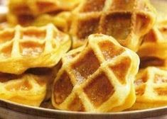 Appelwafeltjes Looking for the best apple wafer recipe? Discover the delicious recipes of Solo Open Kitchen now. Sweet Desserts, No Bake Desserts, Cookie Desserts, Delicious Desserts, Dessert Recipes, Dutch Recipes, Low Carb Recipes, Baking Recipes, Amsterdam Food