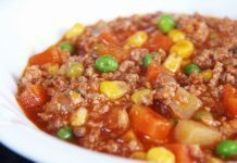 How to Make Filipino Beef Picadillo - Ground Beef with Tomatoes and Potatoes Asian Cooking Recipe Cuisine Beef Picadillo, Pork Recipes, Asian Recipes, Filipino Recipes, Easy Recipes, Filipino Food, Recipies, Filipino Culture, Vegetarian