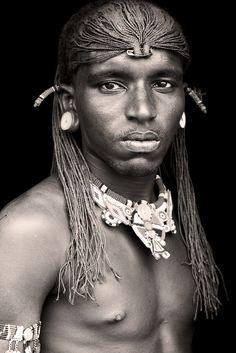 Series of great photos taken in Africa by Mario Gerth - on Milkshake.