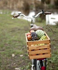 Wood bike basket, wine crates can also be used Old Crates, Wooden Crates, Wine Crates, Douglas Fir Wood, Wood Bike, Wooden Bicycle, Bicycle Basket, Bike Baskets, Wooden Basket