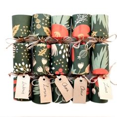 Make your own gorgeous Christmas crackers with this step-by-step tutorial.