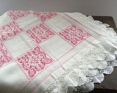 White pink cross stitch table cloth Embroidered table cloth Swedish floral table cloth Shabby Square table cloth White pink table cloth An embroidered table cloth Measures: 117 x Condition: no holes or tears but has stains - please see pictures White Wall Decor, Wool Runners, Pink Table, Pink Rug, Square Tables, Blue Wool, Woven Rug, Cross Stitch, Shabby