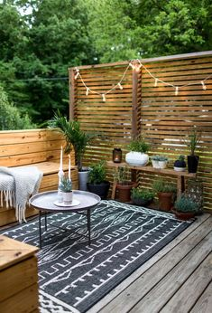 Patio Style– Expanding Your Residence Outdoors – Outdoor Patio Decor Backyard Privacy, Small Backyard Landscaping, Small Patio, Backyard Ideas, Backyard Bbq, Landscaping Ideas, Garden Ideas, Small Yards, Fence Ideas