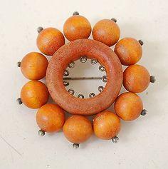"Aarikka 1950s, 2"" birch Wooden Jewelry, Textile Design, Flower Designs, Vintage Fashion, Product Launch, Carving, Simple, Orange, Necklaces"