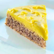 Success tart, NO. Add tsp baking powder to cake batter. Sweet Recipes, Cake Recipes, Dessert Recipes, Norwegian Food, Scandinavian Food, Desserts To Make, Pastry Cake, Gluten Free Cakes, Let Them Eat Cake