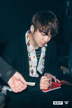 Kang Seung Yoon