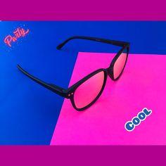 Glasses, Fashion, Sun, Color Fashion, Lenses, Eyeglasses, Fashion Styles, Eye Glasses, Fashion Illustrations