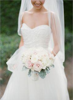 rose bouquet ideas @weddingchicks