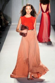The Daily Heat: 10 Orange Gowns for this spring
