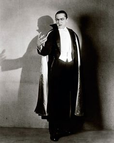 """vintagegal: """" Bela Lugosi photographed by Florence Vandamm for the stage adaptation of Dracula """" Harlem Renaissance, Sci Fi Horror, Horror Art, Horror Pics, Horror Pictures, Lugosi Dracula, Films Cinema, Count Dracula, Horror Monsters"""