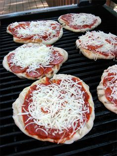 How to cook pizza on the grill! This is the perfect alternative to BBQ when you have a group. The kids had fun adding their own toppings. #recipe #grill #dinner skiptomylou.org