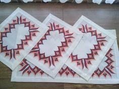 Hardanger Embroidery, Hand Embroidery, Bargello Quilts, Needlework, Diy And Crafts, Tapestry, Embroidery Ideas, Cross Stitch Embroidery, Diy