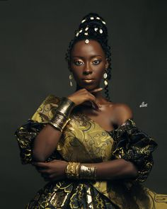 After 4000 cases of people with the DNA matching the god of creativity, a goddess was found in Nigeria. Descendant of the goddess of drip, Bare Beauty, Walk The Earth, Extraordinary People, Beauty Shoot, Natural Hair Inspiration, Great Photographers, Beautiful One, Trendy Hairstyles, Dna