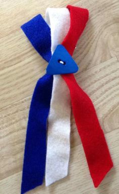 Popsicle Stick Crafts, Craft Stick Crafts, Diy And Crafts, Crafts For Kids, Veterans Day For Kids, Sons Of Norway, Norwegian Flag, July Crafts, Ribbon Bows