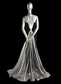 Valentino 1992 - worn by Julia Roberts at 2000 Academy Awards Presentation
