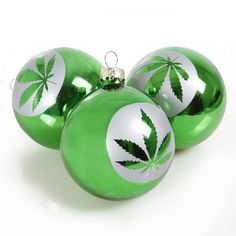 Christmas Tree Bulbs, Disney Christmas Ornaments, Xmas Tree, Christmas Ideas, Christmas Crafts, Merry Christmas, Christmas Decorations, Redneck Christmas
