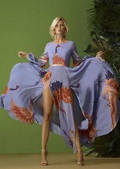 :: CARLA RUIZ ::   FETE 2020 San Jose, San Pedro, Lancaster, Brighton, Bishop Auckland, Nerja, Victoria, Boutique, Flower Fashion