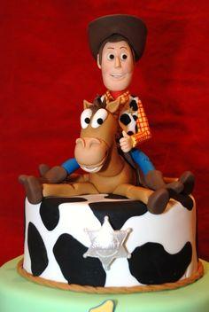 #wedding www.BlueRainbowDesign.com I think I'll get this cake for my daughters wedding lol