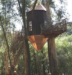 Crazy cool treehouses by Romero Studios.