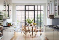 wall of steel framed windows/door