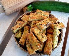 Zucchini sticks (recipe in Slovak) Baby Food Recipes, Great Recipes, Cooking Recipes, Healthy Baking, Healthy Snacks, Vegetarian Recipes, Healthy Recipes, Good Food, Yummy Food