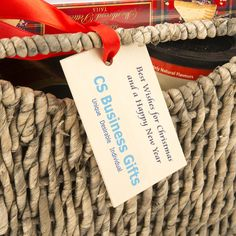 H16 Season's Greetings Hamper with a printed travel tag