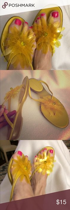 Sandals Sacha of London fun yellow thongs with soft yellow petals centered with a bead. Rubber nonslip slightly worn sole as shown. Leather straps. Sacha London Shoes Sandals