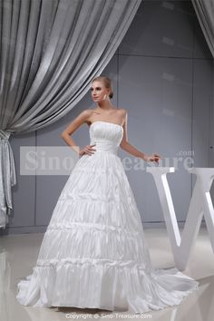 White Ruffles Sleeveless Square A-line Wedding Dress Wholesale Price: US$267.99