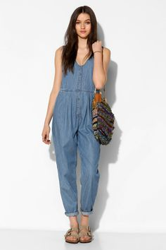 RES Denim Love Bites Chambray Button-Front Jumpsuit Information Chambray Jumpsuit, Urban Outfitters Dress, Fashion Advice, Well Dressed, Dress To Impress, What To Wear, Vogue, Street Style, Style Inspiration