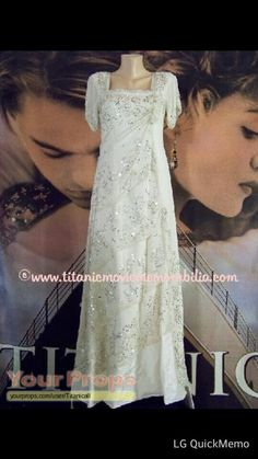 """This has to be one of the most beautiful dresses I've ever seen! From the movie """"Titanic. Titanic Rose, Titanic Wedding, Rms Titanic, Vintage Gowns, Vintage Outfits, Belle Epoque, Titanic Costume, Crystal Gown, Rose Gown"""
