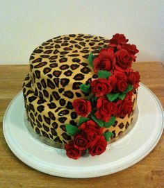 Leopard print cake - great, just great! Thanks Pinterest!! Now I have to plan my wedding!