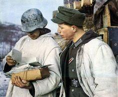 """Poster """" Das Heer im Großdeutschen Freiheitskampf"""" Titel: Post für die Grenadiere im Graben OKH 1942"""