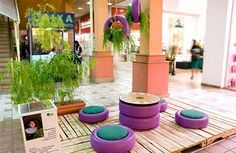 Tire seats and table, great upcycle for a classroom! Diy Garden Furniture, Outdoor Furniture Sets, Outdoor Decor, Tyre Furniture, Office Furniture, Tire Seats, Tire Chairs, Tire Craft, Tyres Recycle