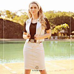 Lindo Look com saia e colete Titanium coleção Alto Verão 2015!
