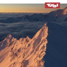 Wenn sich das dichte weiße Winterkleid über die Bergwelt Tirols legt, dann ist das wie ein Weckruf für die vielen Aktivitäten, bei denen sich alles um den Schnee dreht. Hier findest du Inspirationen für Deinen Winterurlaub in Tirol » Wilder Kaiser, Bergen, Videography, Background Images, Mount Everest, Mountains, Heart, Nature, Travel