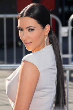 Top 10 Celebrity Hairstyles !