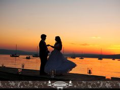 Bride & Groom dancing at sunset. Photo by: Front Room Photography