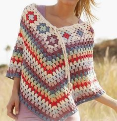 hermoso poncho tejido a crocher para mujer poncho tejido a crochet super juvenil OjoconelArte.cl |
