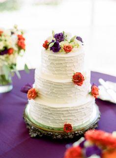 Photography: Faith Teasley - www.faithteasley.com  Read More: http://www.stylemepretty.com/2015/01/05/romantic-autumn-fearrington-village-wedding/