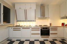 Kitchen Cabinets, Content, Home Decor, Decoration Home, Room Decor, Cabinets, Home Interior Design, Dressers, Home Decoration