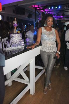 Vivica Fox Birthday ClassyBlackGirl.com Fox Actress, Vivica Fox, Fashion Photo, Business Women, Black Women, Celebrity Style, August 2013, Actresses, Celebrities